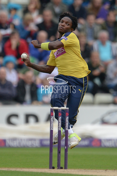 Fidel Edwards during the NatWest T20 Blast Quarter Final match between Worcestershire County Cricket Club and Hampshire County Cricket Club at New Road, Worcester, United Kingdom on 14 August 2015. Photo by David Vokes.