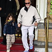 NLD/Amsterdam/20080601 - Rene Angelil, partner van Celine Dion en zoon Rene-Charles gaan golfen en verlaten het Amstel hotel in Amsterdam
