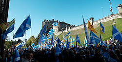 All Under One Banner Independence March, Edinburgh, Saturday 6th October 2018<br /> <br /> Pictured: Crowd at Edinburgh Castle <br /> <br /> (c) Aimee Todd | Edinburgh Elite media
