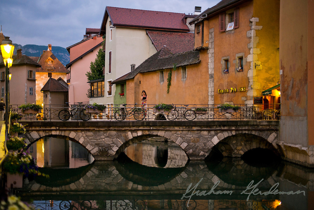 A moment captured in Annecy, France.