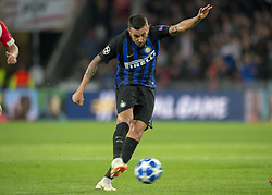 October 4, 2018 - Eindhoven, Netherlands - Matias Vecino of Inter in action during the UEFA Champions League Group B match between PSV Eindhoven and FC Internazionale Milano at Philips Stadium in Eindhoven, Holland on October 3, 2018  (Credit Image: © Andrew Surma/NurPhoto/ZUMA Press)