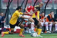 ALKMAAR - 30-08-2015, AZ - Roda JC, AFAS Stadion, 0-1, Roda JC speler Ard Van Peppen (l), AZ speler Joris van Overeem (m), Roda JC speler Rigino Cicilia.