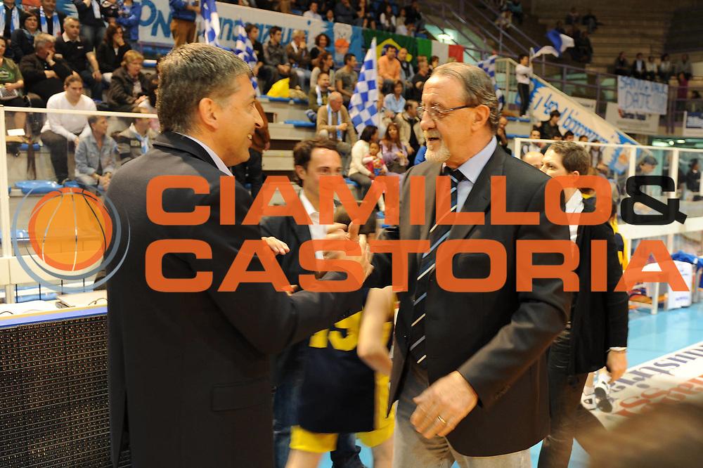 DESCRIZIONE : Faenza LBF Playoff Semifinale Gara3 Club Atletico Faenza Famila Schio<br /> GIOCATORE : Paolo Rossi Sandro Orlando<br /> SQUADRA : Club Atletico Faenza<br /> EVENTO : Campionato Lega Basket Femminile A1 2009-2010<br /> GARA : Club Atletico Faenza Famila Schio<br /> DATA : 27/04/2010 <br /> CATEGORIA : <br /> SPORT : Pallacanestro <br /> AUTORE : Agenzia Ciamillo-Castoria/M.Marchi<br /> Galleria : Lega Basket Femminile 2009-2010<br /> Fotonotizia : Faenza LBF Playoff Semifinale Gara3 Club Atletico Faenza Famila Schio <br /> Predefinita :