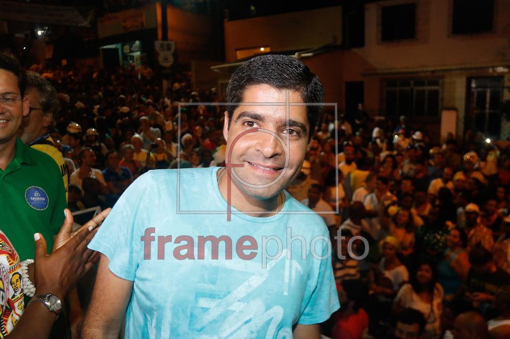 ACM Neto prefeito de Salvador na saída do Ilê Aiyê da sede da entidade no bairro do Curuzu no Carnaval de Salvador 2015. Foto: Thiago Bernardes / Frame