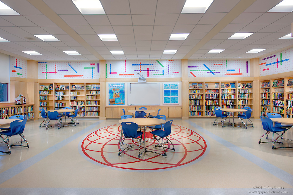 Interiot Photo Of Cardinal Sheehan School Library By Jeffrey Sauers Commercial Photographics Architectural