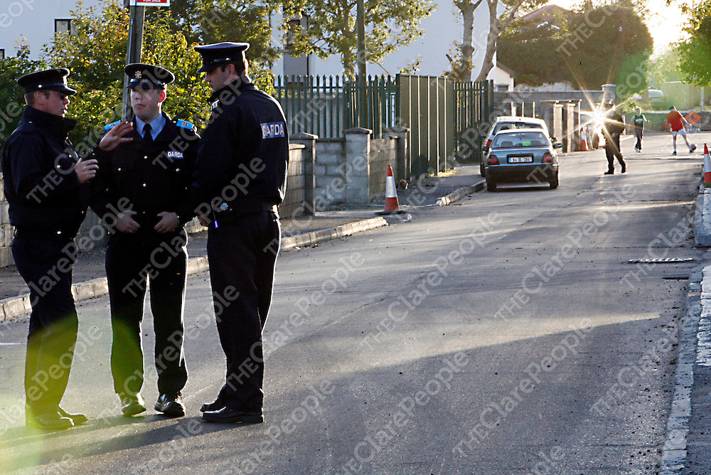 There was a large Garda presence on Crowe Street after a man barricaded himself into his house in Gort on Sunday night.<br />