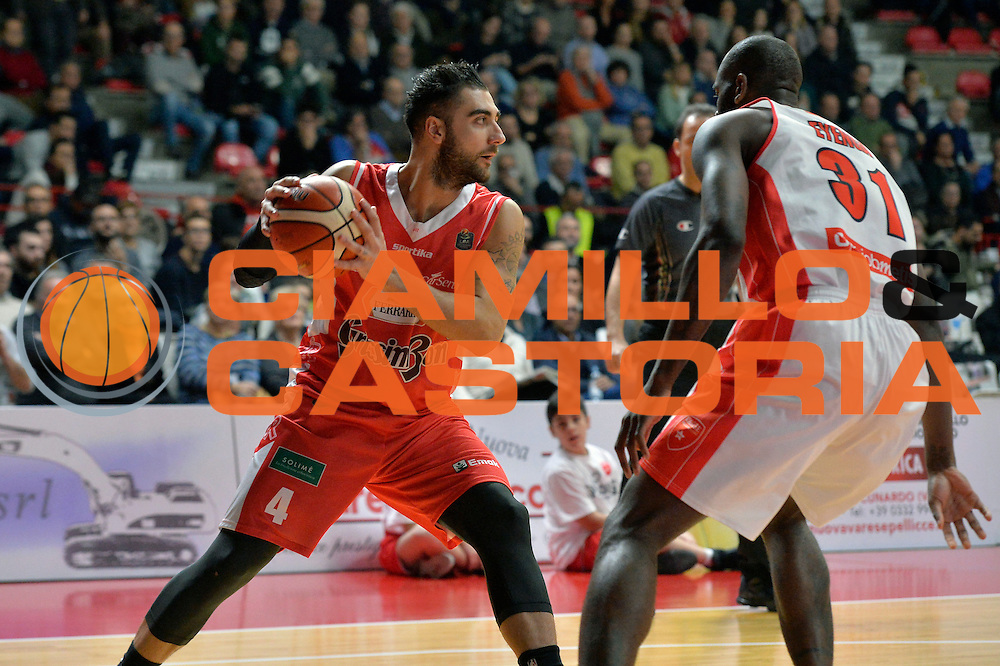 Pietro Aradori<br /> Openjobmetis Pallacanestro Varese - Grissin Bon Pallacanestro Reggio Emilia<br /> Lega Basket Serie A 2016/2017<br /> Varese, 11/12/2016<br /> Foto Ciamillo-Castoria