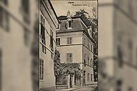 Zagreb : Demetrova ulica. <br /> <br /> ImpresumS. l. : S. n., [1927].<br /> Materijalni opis1 razglednica : tisak ; 13,8 x 8,8 cm.<br /> Vrstavizualna građa • razglednice<br /> ZbirkaZbirka razglednica • Grafička zbirka NSK<br /> Formatimage/jpeg<br /> PredmetZagreb –– Dimitrija Demetra<br /> SignaturaRZG-DEM-5<br /> Obuhvat(vremenski)20. stoljeće<br /> NapomenaRazglednica je putovala 1927. godine.<br /> PravaJavno dobro<br /> Identifikatori000953333<br /> NBN.HRNBN: urn:nbn:hr:238:279642 <br /> <br /> Izvor: Digitalne zbirke Nacionalne i sveučilišne knjižnice u Zagrebu