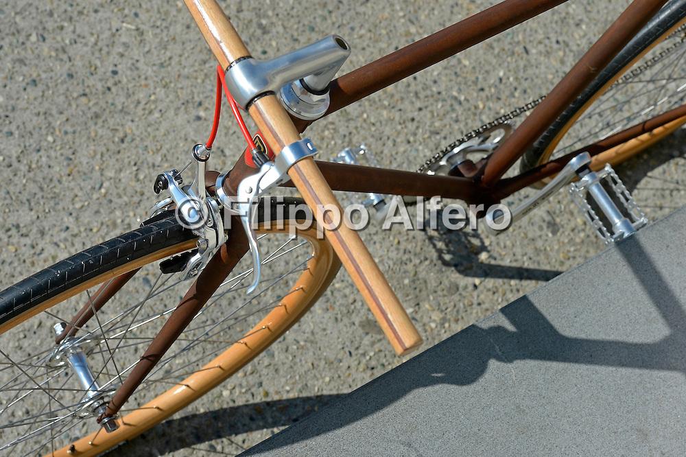 &copy; Filippo Alfero<br /> Frenorosso biciclette - esterni<br /> Torino, 15/03/2013