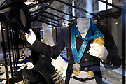 Perspreview 50 jaar Koninklijk Paleis Amsterdam.<br /> <br /> Op de foto:  Olympische medailles van Anky van Grunsven