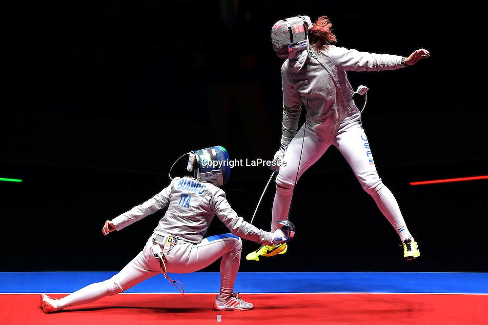 Foto  LaPresse/  Gian Mattia D'Alberto<br /> 13-08-2016  Rio de Janeiro<br /> sport<br /> Giochi Olimpici Rio 2016 - spada donne<br /> Italia- USA<br /> nella foto:  BIANCO Ilaria<br /> <br /> Photo LaPresse/ Gian Mattia D'Alberto<br /> 13-08-2016  Rio de Janeiro<br /> Rio 2016 Olympic  Games - Women's Sabre <br /> ITA- USA<br /> In the picture:  BIANCO Ilaria