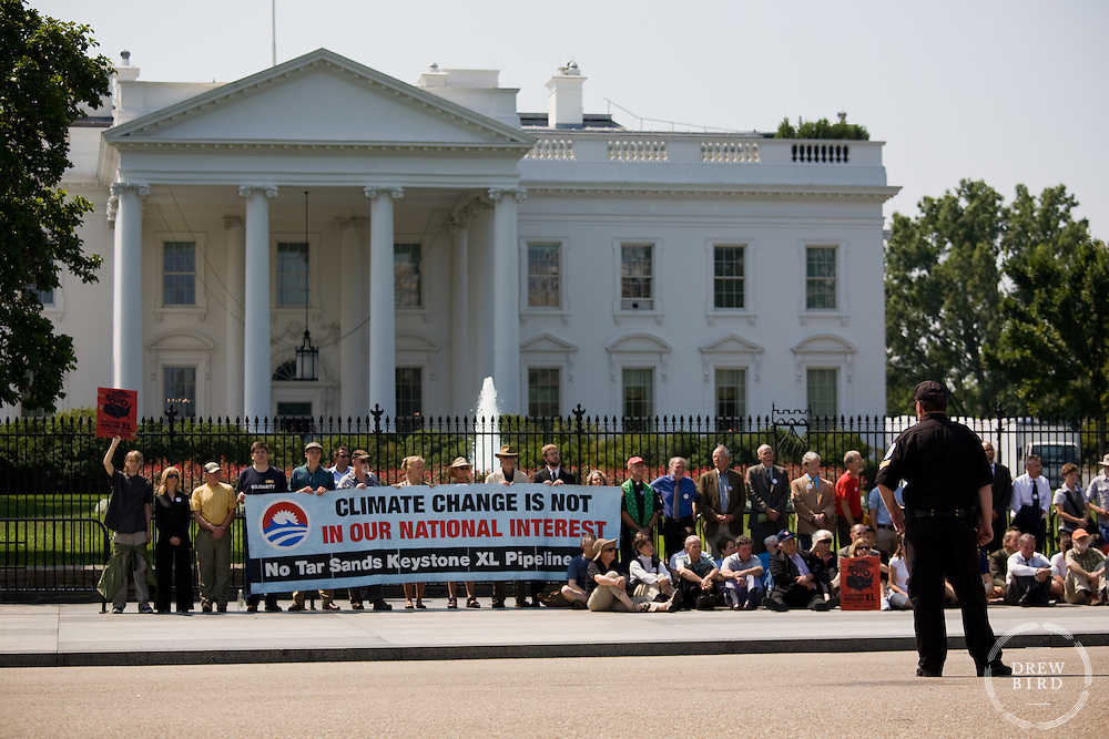 Keystone XL Pipeline Protest   White House Washington DC   Climate Change Story   Drew Bird Photography   San Francisco Freelance Photographer   Freelance Photojournalist   Oakland Event Photographer