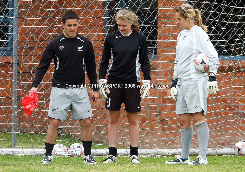 L_R. Junior Ferns coach John Herdman coaches goalkeepers Rebecca Brooke and Victoria Esson.  New Zealand U-20 Junior Football Ferns training session ahead of the FIFA U-20 Womens World Cup in Chile. Mt Smart Stadium, Auckland, New Zealand. 13 November 2008. Photo: Simon Watts/PHOTOSPORT