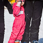 AUD/Lech/20110219 - Fotosessie Nederlandse Koninklijke Familie 2011 op wintersport in Lech, Luana