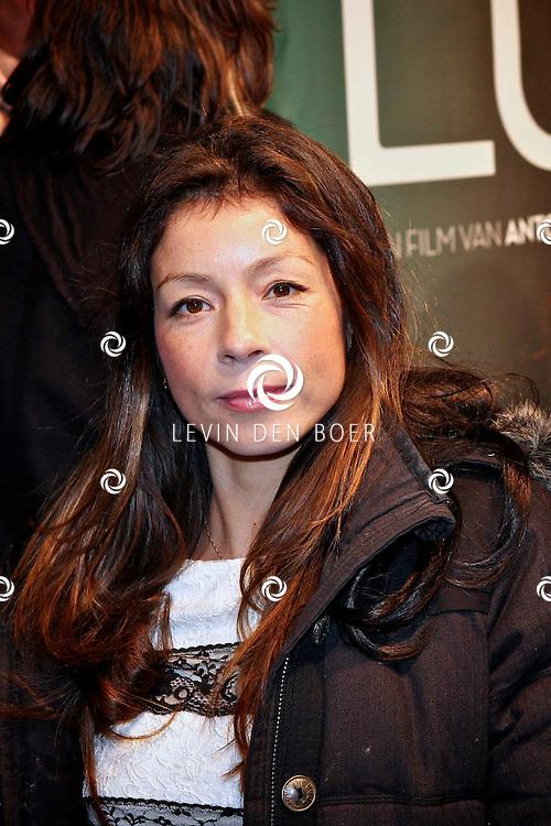 AMSTERDAM - Nadja Hupscher op de premiere van de film Loft dinsdag in Amsterdam. De film is vanaf 16 december in de Nederlandse bioscopen te zien. FOTO LEVIN DEN BOER - PERSFOTO.NU