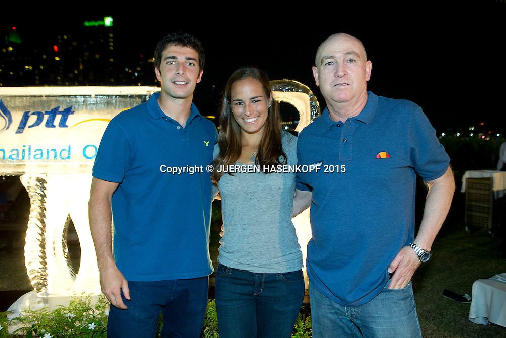 Physiotherapeut Carlos Garcia ,Monica Puig (PUR) und Trainer Ricardo Sanchez,<br /> <br /> Tennis - PTT Thailand Open 2015 -  WTA -  Dusit Thani Hotel - Pattaya -  - Thailand  - 8 February 2015.