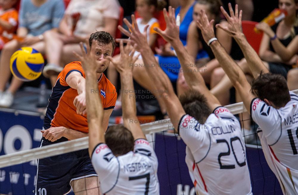 05-06-2016 NED: Nederland - Duitsland, Doetinchem<br /> Nederland speelt de laatste oefenwedstrijd ook in  Doetinchem en speelt gelijk 2-2 in een redelijk duel van beide kanten / Jeroen Rauwerdink #10