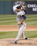 CHICAGO - APRIL 24:  Edwin Diaz #39 of the Seattle Mariners pitches against the Chicago White Sox on April 24, 2018 at Guaranteed Rate Field in Chicago, Illinois.  (Photo by Ron Vesely)   Subject:   Edwin Diaz