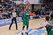 DESCRIZIONE : Beko Legabasket Serie A 2015- 2016 Dinamo Banco di Sardegna Sassari - Sidigas Scandone Avellino<br /> GIOCATORE : James Nunnally<br /> CATEGORIA : Tiro Tre Punti Three Point<br /> SQUADRA : Sidigas Scandone Avellino<br /> EVENTO : Beko Legabasket Serie A 2015-2016<br /> GARA : Dinamo Banco di Sardegna Sassari - Sidigas Scandone Avellino<br /> DATA : 28/02/2016<br /> SPORT : Pallacanestro <br /> AUTORE : Agenzia Ciamillo-Castoria/L.Canu