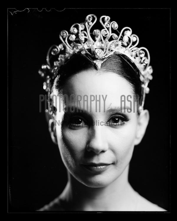 Tamara Rojo as Clara from English National Ballet's Nutcracker. London Coliseum Theatre 28 December 2015. Taken on 4x5 large format camera. Photo: Arnaud Stephenson
