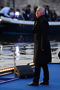 Koning Willem-Alexander, koningin Máxima en prinses Beatrix woonden maandagavond het traditionele 5 meiconcert bij op de Amstel in Amsterdam.<br /> <br /> King Willem-Alexander, Queen Maxima and Princes  Beatrix attended the traditional 5 meiconcert ( on liberatioon day ) at the Amstel River in Amsterdam.<br /> <br /> Op de foto/ On the photo:  Hans Dagelet