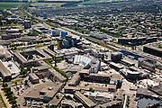 Nederland, Flevoland, Lelystad, 09-04-2008; Stadshart ook wel Lelycentre, overzicht van het centrum van de stad met onder andere het station (met overkapping); veel bouwactiviteiten, er wordt gewerkt aan de  revitalisering van het stadscentrum, projectontwikkeling, uitbreiding en nieuwbouw van winkels en woningen;. .luchtfoto (toeslag); aerial photo (additional fee required); .foto Siebe Swart / photo Siebe Swart.