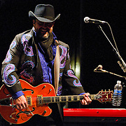 The Mavericks perform to an excited crowd at The Majestic Theatre on Saturday Night with Raul Malo on lead vocals. (Special to the Star-Telegram/Rachel Parker)