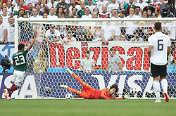 MOSCOW, June 17, 2018  Goalkeeper Guillermo Ochoa (C) defends during a group F match between Germany and Mexico at the 2018 FIFA World Cup in Moscow, Russia, June 17, 2018. (Credit Image: © Xu Zijian/Xinhua via ZUMA Wire)