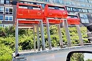 Nederland, Nijmegen, 8-5-2018 Postnl is begonnen met het weghalen, verwijderen vam de rode, oranje, brievenbussen . Door het lagere aanbod van post, briefpost, zijn veel bussen niet meer rendabel om te laten staan . De dienstverlening is wel in het geding . Veel vooral ouderen, oudere mensen, vinden het jammer .Foto: Flip Franssen Foto: Flip Franssen