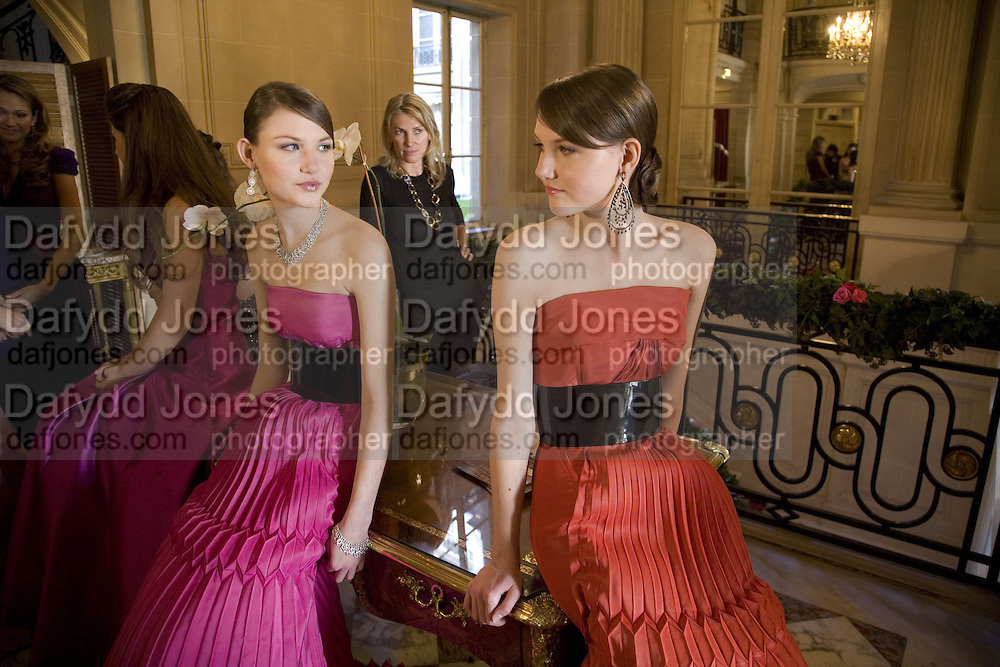 ROZANNA MISIUREWICZ AND WERONIKA MISIUREWICZ, Crillon Debutante Ball 2007, Getting Ready. Crillon Hotel Paris. -DO NOT ARCHIVE-© Copyright Photograph by Dafydd Jones. 248 Clapham Rd. London SW9 0PZ. Tel 0207 820 0771. www.dafjones.com.