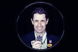 02.03.2019, Seefeld, AUT, FIS Weltmeisterschaften Ski Nordisch, Seefeld 2019, Österreichische Medaillengewinner im Bild Lukas Klapfer (AUT) posiert mit seiner Medaille // Lukas Klapfer of Austria during a Photoshooting of Austrian Medal Winner of FIS Nordic Ski World Championships 2019. Seefeld, Austria on 2019/03/02. EXPA Pictures © 2019, PhotoCredit: EXPA/ JFK