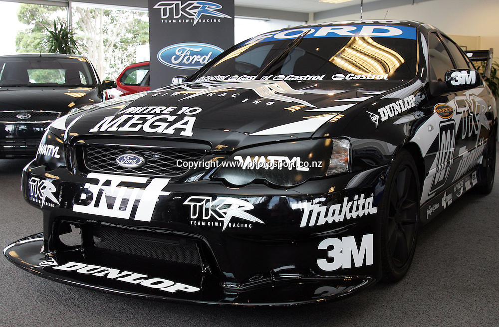 The new Team Kiwi V8 racing car on show at John Andrew Ford, Auckland, New Zealand on Monday 12 February 2007. Photo: Hannah Johnston/PHOTOSPORT<br />