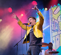 Party at the Palace, Linlithgow, Saturday 12th August 2017<br /> <br /> Kaiser Chiefs perform at Party at the Palace with lead singer Ricky Wilson in a yellow jleather acket<br /> <br /> (c) Alex Todd | Edinburgh Elite media