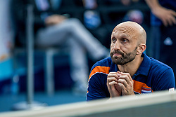 01-10-2017 AZE: Final CEV European Volleyball Nederland - Servie, Baku<br /> Nederland verliest opnieuw de finale op een EK. Servi&euml; was met 3-1 te sterk / Coach Jamie Morrison