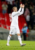Photo: Richard Lane/Sportsbeat Images.<br />England v Croatia. UEFA European Championships Qualifying. 21/11/2007. <br />Englan's dejected David Beckham thanks the fans.