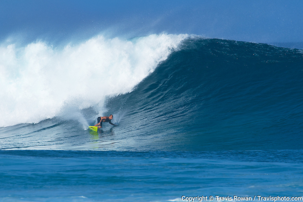 Surfing legend Tom Carroll at Rockpiles. North Shore, Oahu.