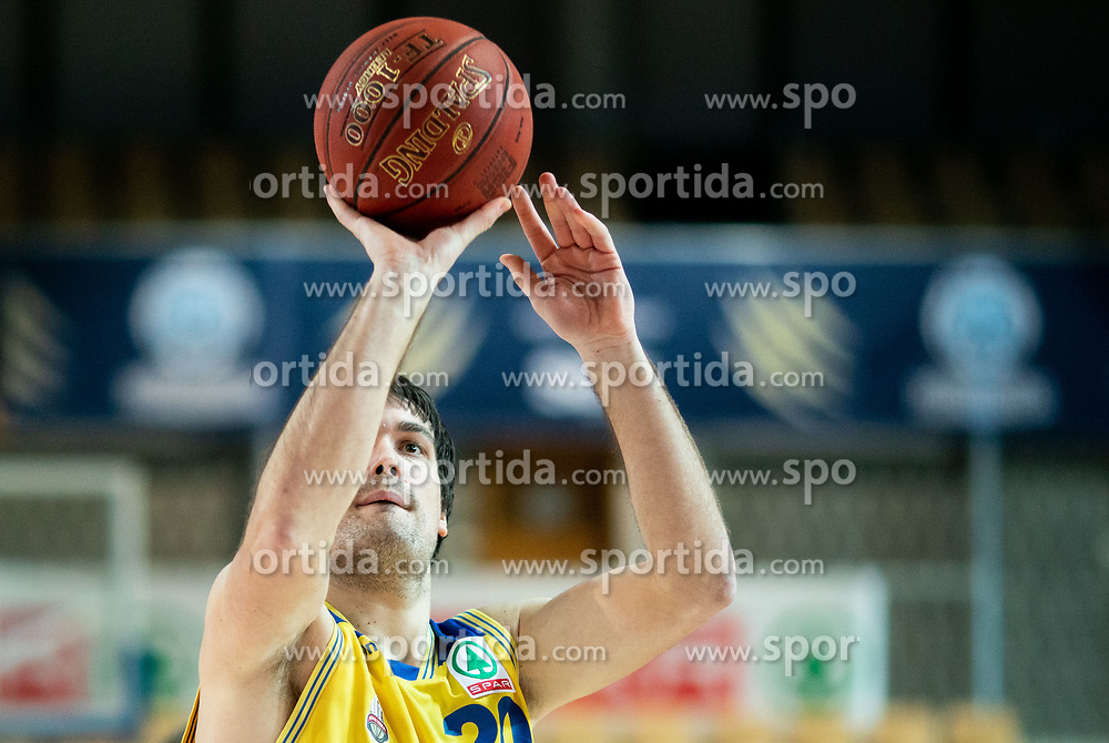 Uros Godler of Hopsi Polzela during basketball match between KK Hopsi Polzela and KK Helios Suns in semifinal of Spar Cup 2018/19, on February 16, 2019 in Arena Bonifika, Koper / Capodistria, Slovenia. Photo by Vid Ponikvar / Sportida