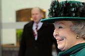 Koningin Beatrix opent Philips Museum