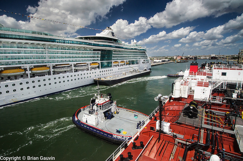 Docking with assisting Seabulk tugs at the Marathon dock in Ybor Channel, Tampa, Fl. ATB, Legacy and barge 750-1, Crowley Maritime. Transporting primium and regular grade gasoline from Marathon Oil in Garryville, La. to Port Everglades and Tampa Florida.