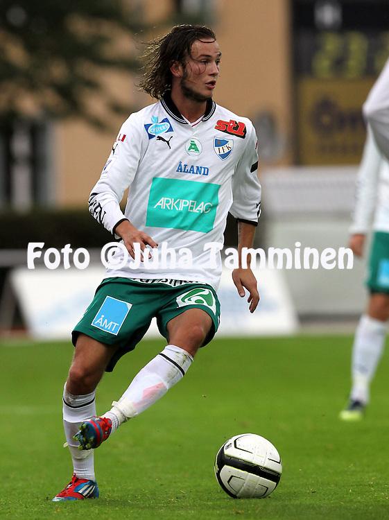 2.9.2012, Wiklof Holding Arena, Mariehamn / Maarianhamina..Veikkausliiga 2012..IFK Mariehamn - Kuopion Palloseura..Robin ?stlind - IFK Mhamn