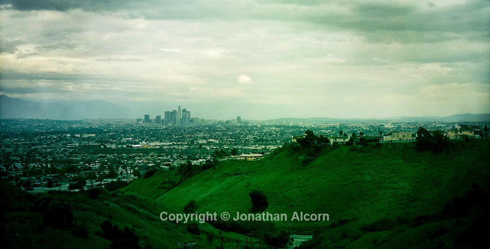 Scenic view of Los Angeles on a cloudy day from Kenneth Hahn Park.