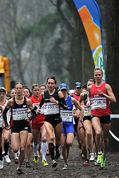 27-11-2011 ATLETIEK: NK CROSS 53e WARANDELOOP: TILBURG<br /> (L-R) Marije te Raa, Adrienne Herzog, Helen Hofstede Start Cross 8100 meter<br /> ©2011-FotoHoogendoorn.nl