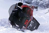 Motor: 08.12.2001 Ellmau, Østerreich, <br />Der Formel-1 Pilot Ralf Schumacher nach einem kleinen Sturz mit seinem Ski-Doo am Samstag (08.12.2001) bei einem PR-Termin des Formel-1 Team BMW-Williams am Wilden Kaiser im Brixental.<br /><br />Foto: Digitalsport