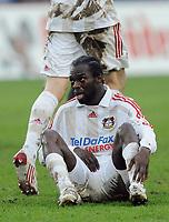 Fotball<br /> Tyskland<br /> Foto: Witters/Digitalsport<br /> NORWAY ONLY<br /> <br /> 28.02.2009<br /> <br /> Hans Sarpei Leverkusen<br /> Bundesliga Hannover 96 - Bayer 04 Leverkusen