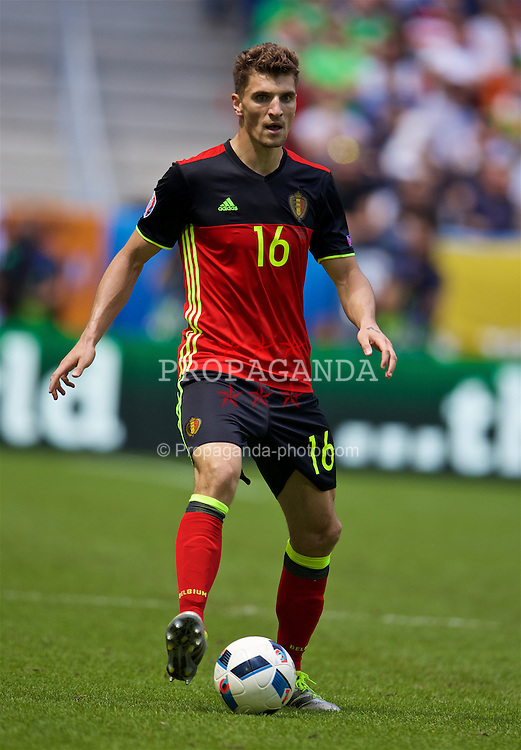 BORDEAUX, FRANCE - Saturday, June 18, 2016: Belgium's Thomas Meunier in action against the Republic of Ireland during the UEFA Euro 2016 Championship Group E match at Stade de Bordeaux. (Pic by Paul Greenwood/Propaganda)