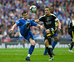 LONDON, ENGLAND - Saturday, May 17, 2008: Cardiff City's Stephen McPhail and Portsmouth's David Nugent during the FA Cup Final at Wembley Stadium. (Photo by Chris Ratcliffe/Propaganda)