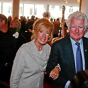 NLD/Amsterdam/20110722 - Afscheidsdienst voor John Kraaijkamp, Gerard Cox en Joke Bruijs