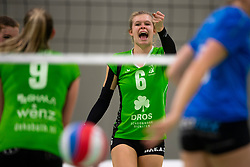 19-01-2019 NED: Pharmafilter US - Dros-Alterno, Amsterdam<br /> Round 15 of Eredivisie volleyball. Alterno win 3-0 (17-25 16-25 20-25) of US / Caya van Cooten #6 of Alterno