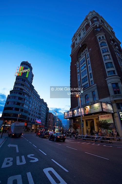 Gran Via, un siglo de historia..Gran Via, 100 years of history