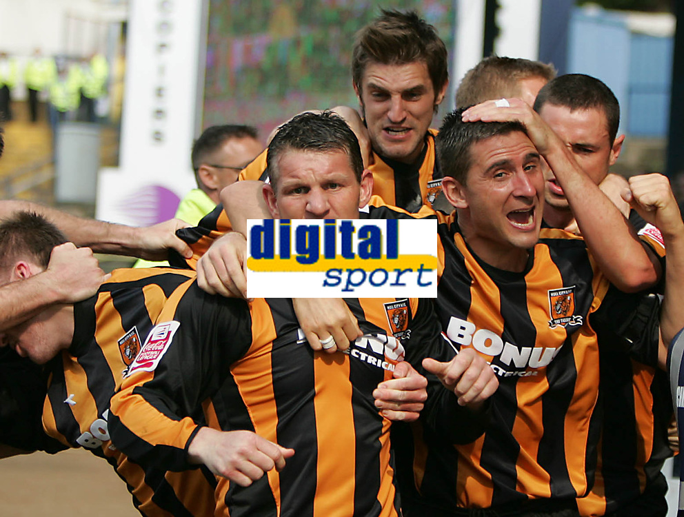 Photo: Lee Earle.<br /> Cardiff City v Hull City. Coca Cola Championship. 28/04/2007.Hull's Dean Windass (L) is congratulated after scoring their opening goal.